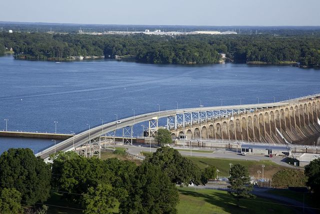 The Wilson Dam spans the Tennessee River between Lauderdale County and Colbert County, Alabama