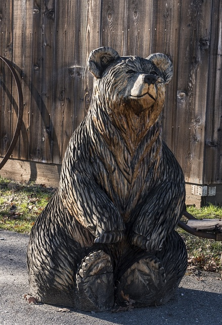 A bear carving outside the Weaverville Victorian Inn in Weaverville, a popular tourist destination in the Whiskeytown-Shasta National Recreation Area, northwest of Redding, California