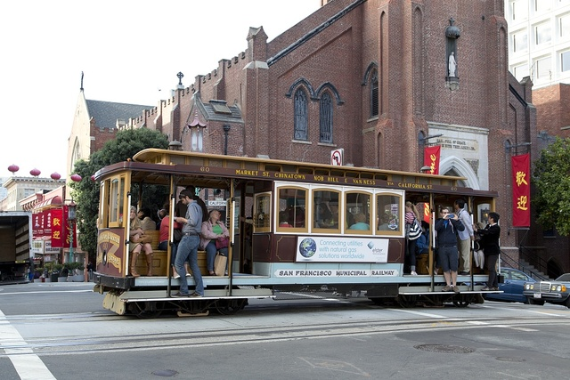 Cable car in historic Chinatown in San Francisco, California