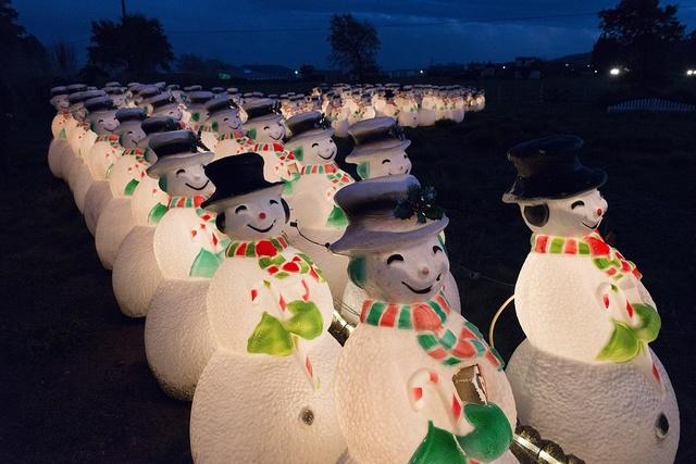 Festive snowmen at the Cornerstone Sonoma shopping complex and Wine Country Visitor Center in Sonoma County, California