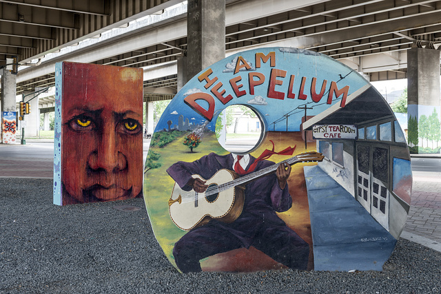 Distinctive urban art in Deep Ellum, a neighborhood composed largely of arts and entertainment venues near downtown in Old East Dallas, Texas