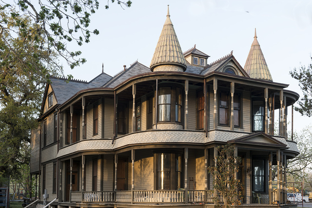 Jules Leffland was the architect for this Victorian structure, built around 1898 for Abraham Levytansky in Victoria, Texas