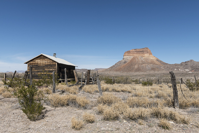 """Scenery in Big Bend National Park in the """"Trans-Pecos"""" region of Texas"""