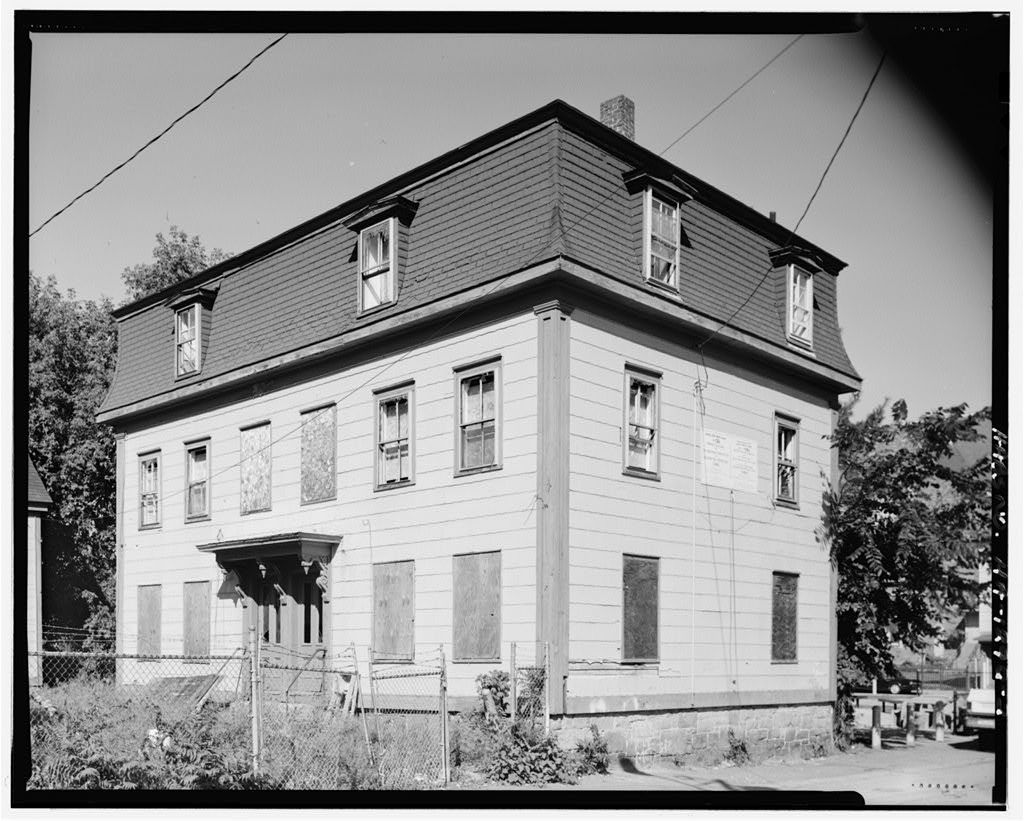 11-12 Marion Street (House), Lowell, Middlesex County, MA