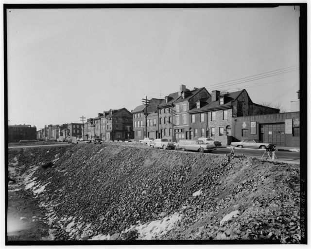 600-858 South Front Street (Houses), West side Front Street between South & Catharine Streets, Philadelphia, Philadelphia County, PA