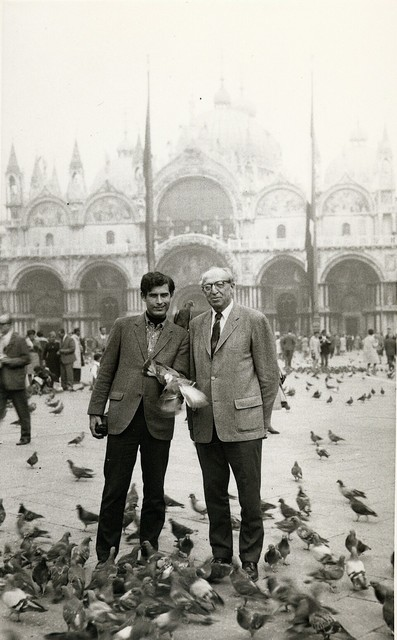 Aaron Copland with Philip Ramey (and pigeons) in St. Mark's Square, Venice, 1967