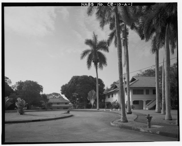 Albrook Air Force Station, Field Officer's Quarters, West side of Dargue Avenue Circle, Balboa, Former Panama Canal Zone, CZ