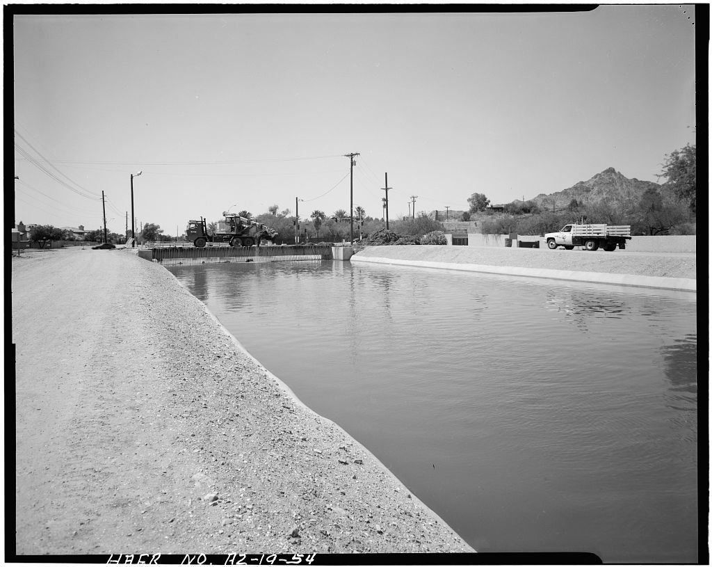Arizona Canal, North of Salt River, Phoenix, Maricopa County, AZ