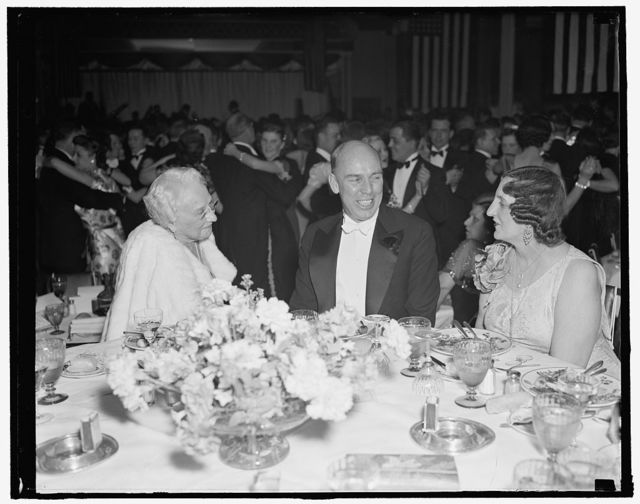 At president's birthday ball. Washington, D.C., Jan. 29. Congressional as well as diplomatic and social leaders joined in making the president's birthday ball a success at the Shoreham Hotel tonight. Here we see, left to right: Mrs. Jacob Leander Loose, Washington social favorite; Rep. Ralph O. Brewster, Republican of Maine; and Mme. Alfaro, wife of the Ecuadorian Minister, 1/29/38