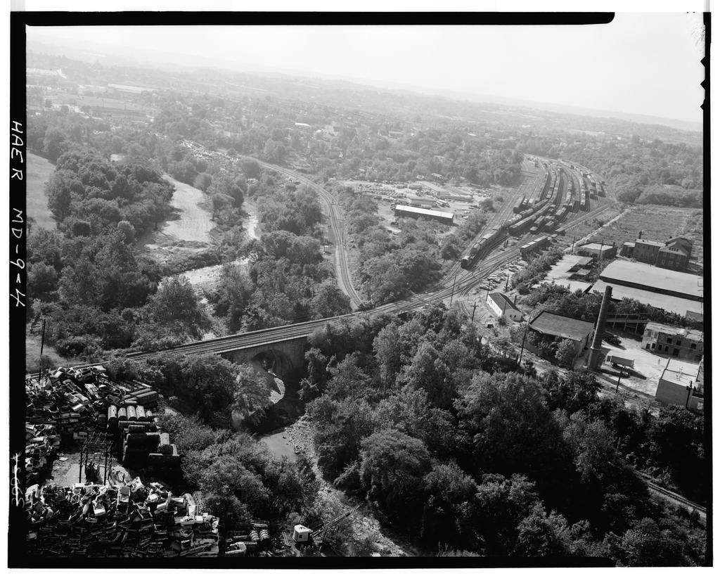 Baltimore & Ohio Railroad, Carrollton Viaduct, Spanning Gwynn's Falls near Carroll Park, Baltimore, Independent City, MD