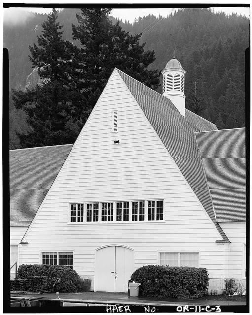 Bonneville Project, Fish Hatchery, On Columbia River bordered on South by Union Pacific, Bonneville, Multnomah County, OR