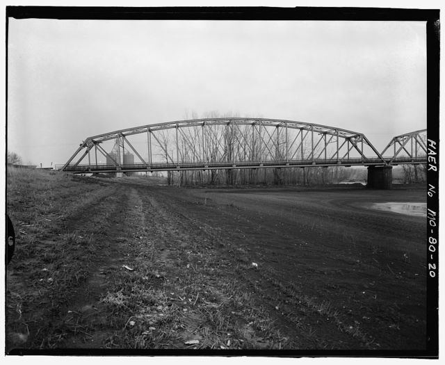Boonville Bridge, Spanning Missouri River at U.S. Route 40 & State Routes 5 & 87, Boonville, Cooper County, MO