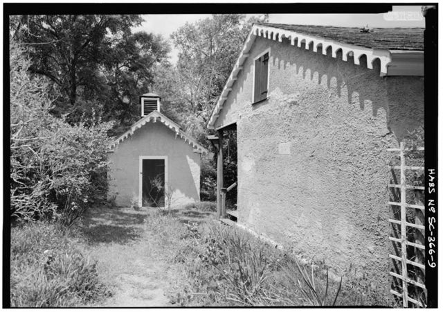 Borough House, Kitchen-Storehouse, State Route 261 & Garners Ferry Road, Stateburg, Sumter County, SC