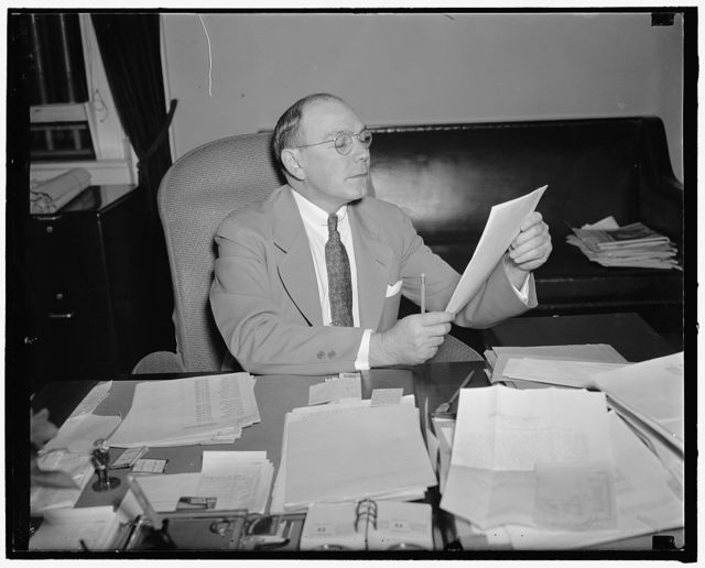 Bosses, U.S. Secret Service. Washington, D.C., June 11. A new informal picture of Frank J. Wilson, Chief of the United States Secret Service, made in his office at the Treasury Department