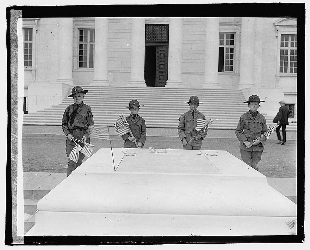 Boy Scouts at Arlington, 5/27/22