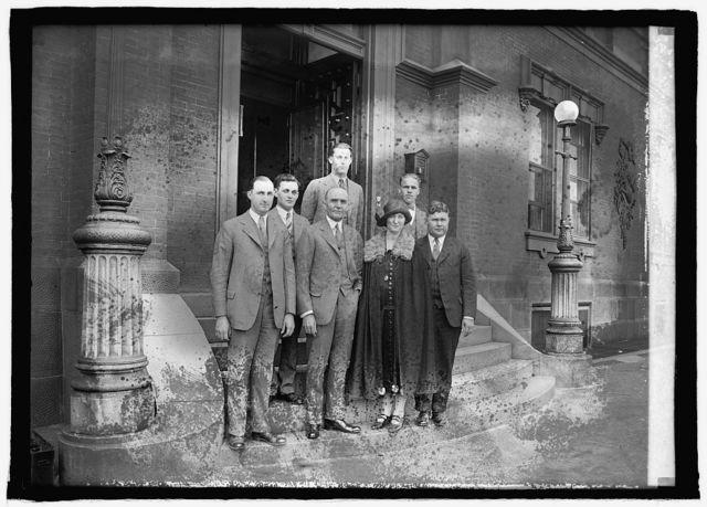 Boys judging team from Franklin Co., Iowa with Sec. Jardine, 5/28/25