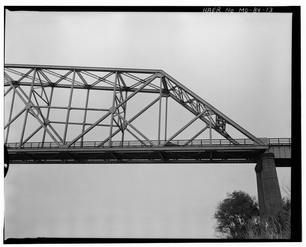 Cape Girardeau Bridge, Spanning Mississippi River at State Highway 146, Cape Girardeau, Cape Girardeau County, MO