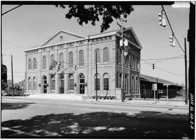 Central of Georgia Railway, Passenger Station & Train Shed, Corner of Louisville (Railroad) Road & West Broad Street, Savannah, Chatham County, GA