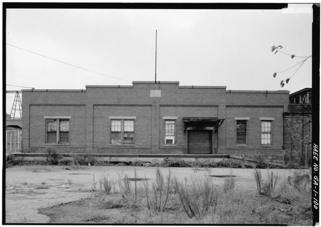 Central of Georgia Railway, Savannah Repair Shops & Terminal Facilities, New Storehouse, Bounded by West Broad, Jones, West Boundary & Hull Streets, Savannah, Chatham County, GA