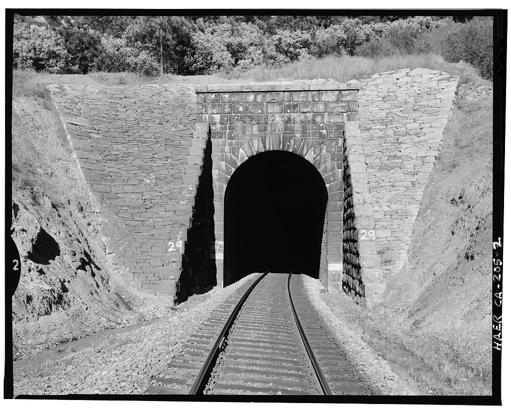 Central Pacific Transcontinental Railroad, Tunnel No. 29, Milepost 135.95, Applegate, Placer County, CA
