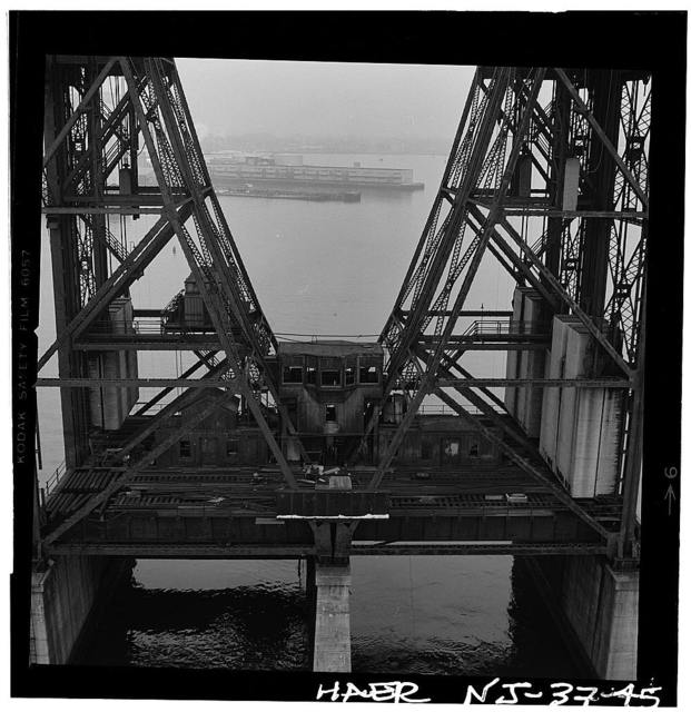 Central Railroad of New Jersey, Newark Bay Lift Bridge, Spanning Newark Bay, Newark, Essex County, NJ