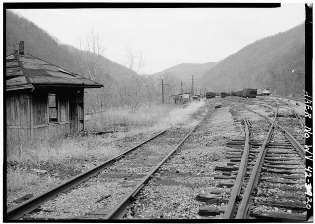 Chesapeake & Ohio Railroad, Thurmond Yards, East side New River, mouths of Arbuckle & Dunlop Circles, Thurmond, Fayette County, WV