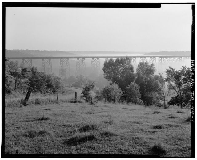 Chicago & Northwestern Railroad Viaduct, Spanning Des Moines River at Chicago & Northwestern Railroad tracks, Boone, Boone County, IA