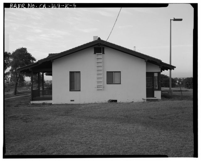 Chollas Heights Naval Radio Transmitting Facility, Married Officer's Quarters, 6410 Zero Road, San Diego, San Diego County, CA