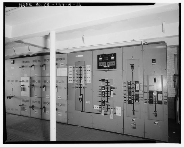Chollas Heights Naval Radio Transmitting Facility, Transmitter Building, 6410 Zero Road, San Diego, San Diego County, CA
