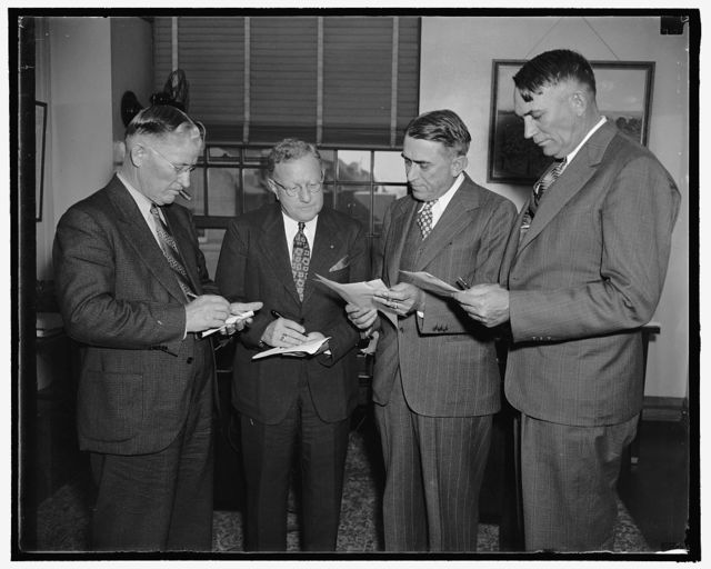 Citrus growers predict bumper crop for 1938-39. Washington, D.C., Oct. 18. Representatives of the Citrus Industry in Florida, Texas, California, and Arizona met today at the Department of Agriculture to analyze production and marketing prospects for oranges and grapefruit and consider steps which each area may take to improve conditions. The growers predict an all-time record for growth of oranges and grapefruit will be set in 1938-39. Pictured, left to right, are: F.H. Holland, Mission, Texas, Chairman of the Growers Industry Committee; L.H. Kramer, President Florida Citrus Growers Association; H.A. Lynn of Riverside, Cal.; and W.W. Pickrell, President Arizona Citrus Growers Association, 10/18/38