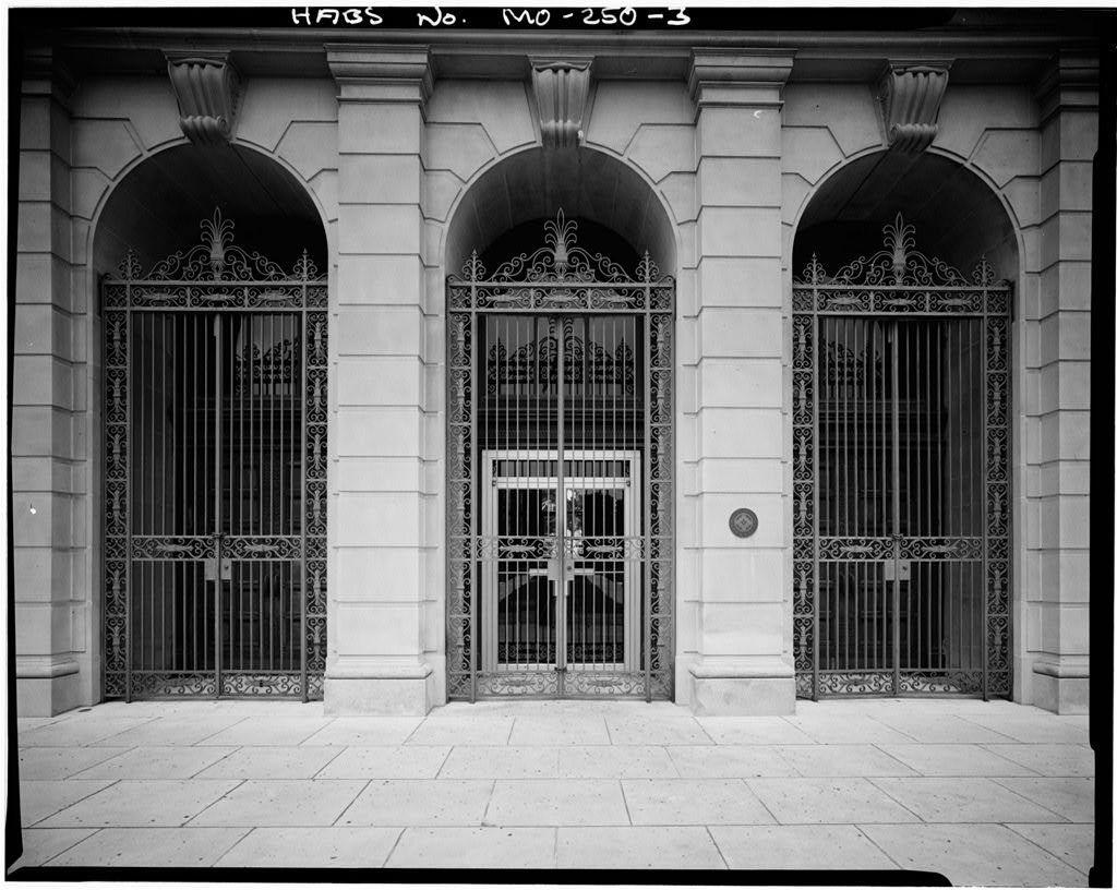 City Hall, Eleventh & Frederick Avenue, Saint Joseph, Buchanan County, MO