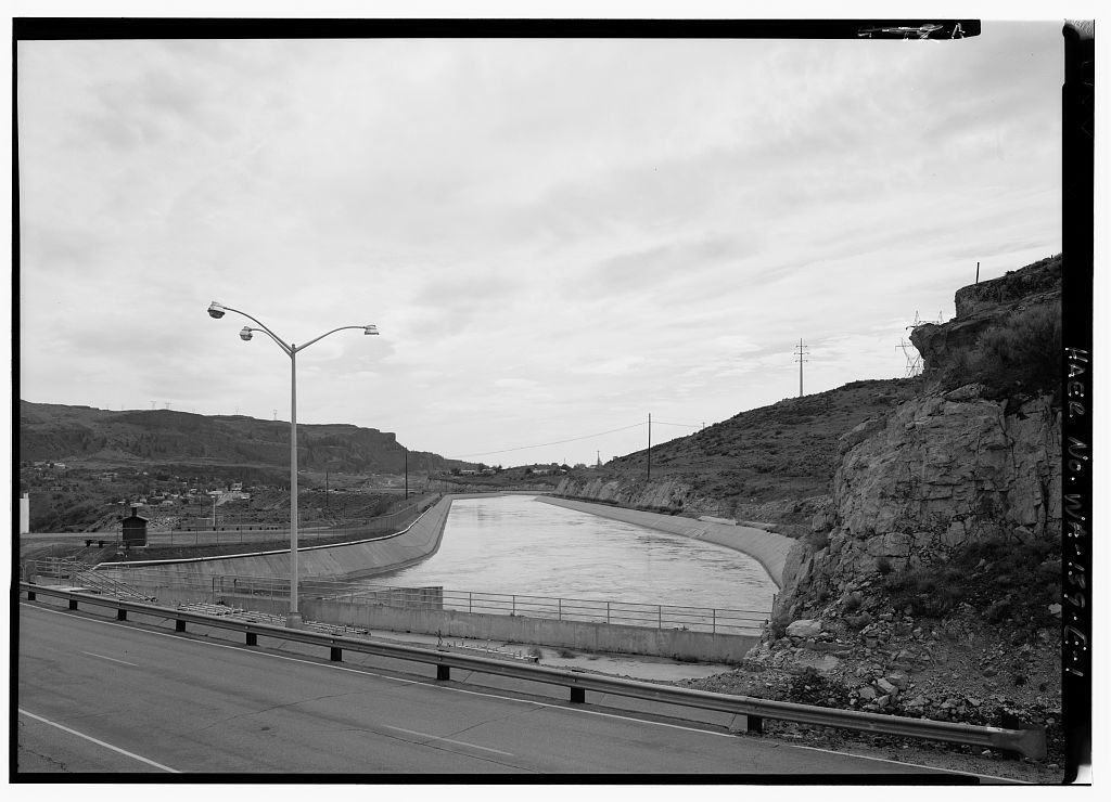 Columbia Basin Project, Banks Lake Feeder Canal & Headgates, Grand Coulee, Grant County, WA