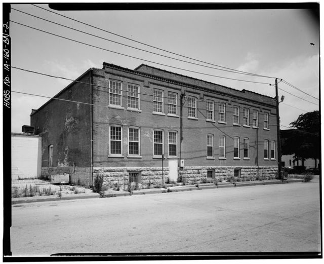 Commercial & Industrial Buildings, Ede's Robe Tanning Company Factory, 41 Main Street, Dubuque, Dubuque County, IA