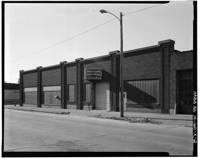 Commercial & Industrial Buildings, Kassler Motor Company Showroom, Fifth & White Street, Dubuque, Dubuque County, IA