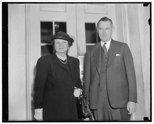 Confer with President Roosevelt. Washington, D.C., May 17. Secretary of Labor Frances Perkins and Dr. John R. Steelman, Chief of the mediation service, leaving the White House today after a conference with President Roosevelt. Secretary Perkins insisted that the Harlan, Kentucky, situation was not discussed at the meeting. She did announce at the same time, however, that John L. Connor of the Department of Labor Conciliation Service, had been ordered to Harlan County in an effort to assist settlement of the struggle between the United Mine Workers and Harlan operators