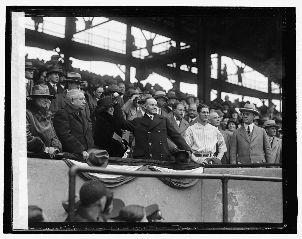 Coolidge throwing out 1st ball, 10/10/25