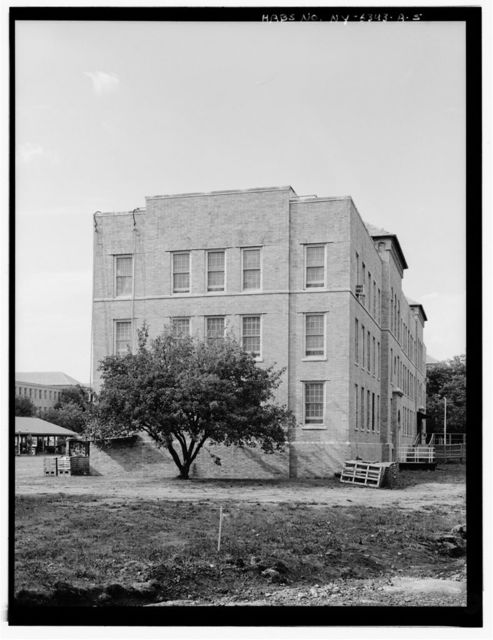 Creedmore State Hospital, Building Y, 80-45 Winchester Boulevard (site bounded by Union Turnpike on north, Hillside Avenue on south, Winchester Boulevard on west, & 240th, 241st, & 242nd Streets on east), Queens (subdivision), Queens County, NY