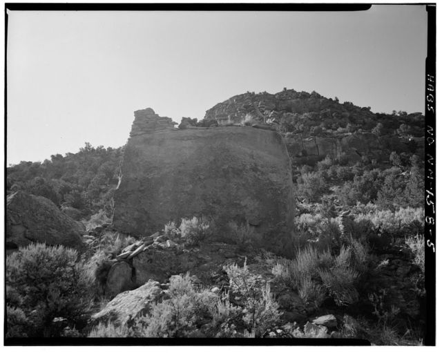 Crow Canyon Pueblito, Approximately 1.2 miles south of Largo Canyon Wash in Cuervo Canyon, Dulce, Rio Arriba County, NM