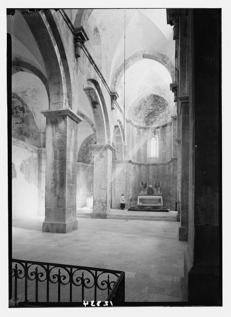 Crusader church at Abou Gosh (Kirjath Jearim). Int[erior], central aisle