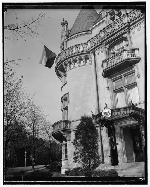 Czech Legation flag at half-mast. Washington, D.C., Nov. 18. Nine students suspected of anti-nazi outbreaks in Prague have been executed by German storm troopers and 1200 more held under arrest. At Berlin, a high official said that while the execution of the students 'may seem harsh,' it was necessary because Germany was at war and 'can not allow the Czech people to be contaminated by a few hotheads.' Picture shows the Czech Legation in Washington flying its colors at half-mast
