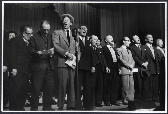 [ Danny Kaye and other actors sing onstage during the Command Performance at the London Palladium, 1948]