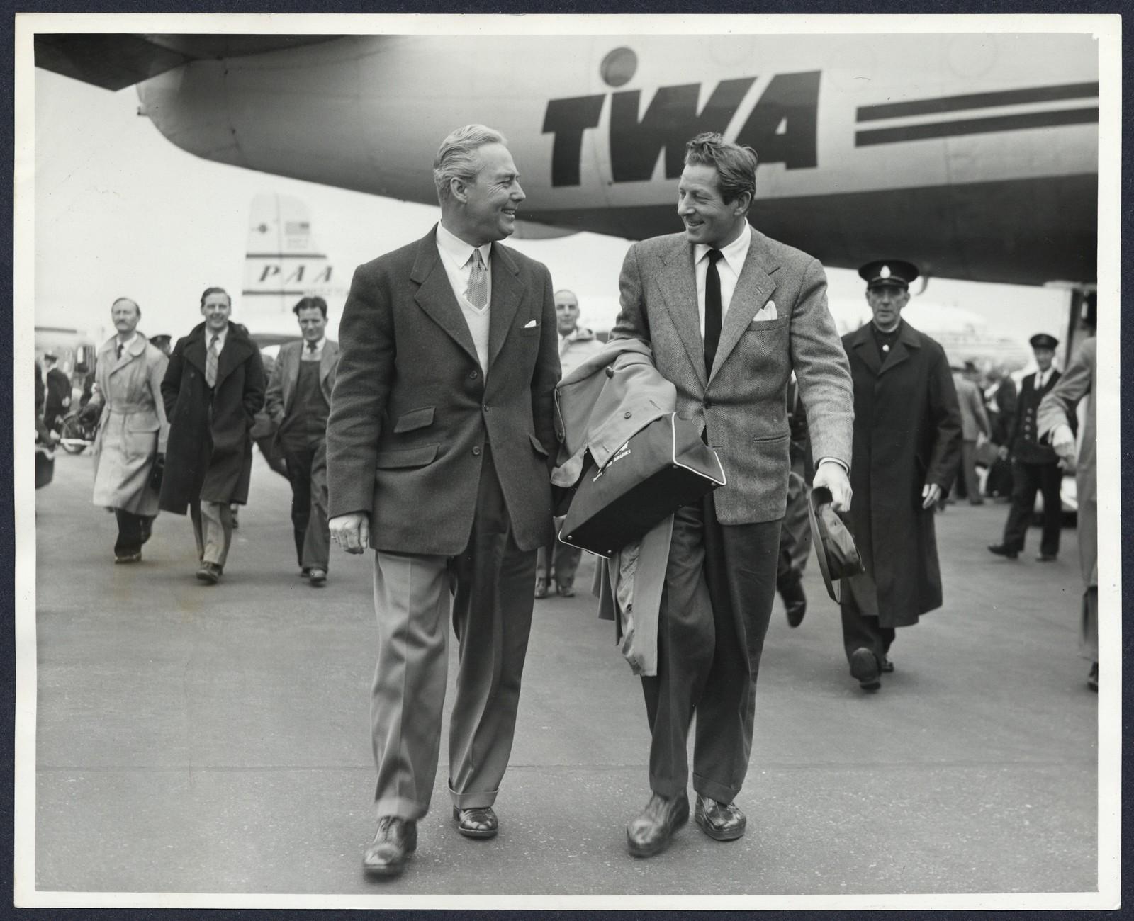 [ Danny Kaye arriving at London Airport 3]