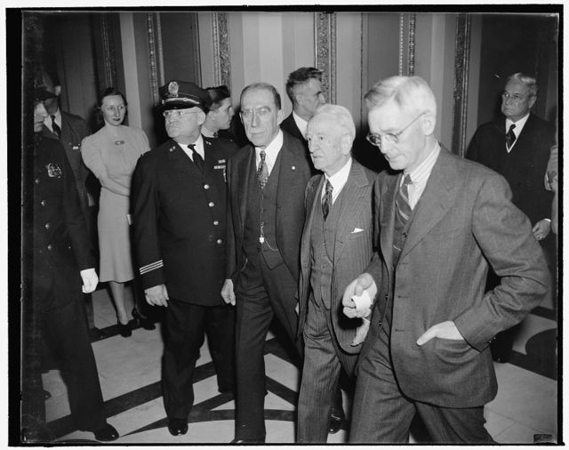 Diplomats arrive at Capitol to hear President Roosevelt's address. Washington, D.C., Jan. 3. Wilhelm Munthe de Morganstierne, Norwegian Minister, left, and Kjalmar Procope, Minister from Finland, arriving at the Capitol today where they heard President Roosevelt address the Joint Session of Congress