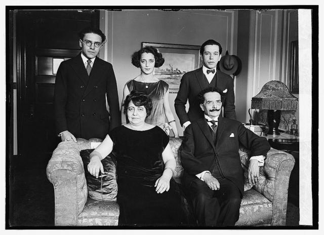 Don Ricardo Jaimes Freyre & family, 9/25/23