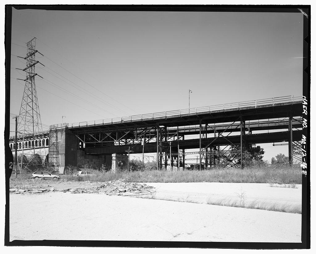 Eads Bridge, Spanning Mississippi River at Washington Street, Saint Louis, Independent City, MO