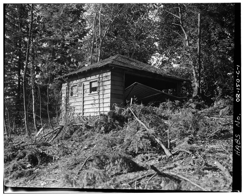 Earl Bronaugh House, Garage, 18121 River Road, Milwaukie, Clackamas County, OR