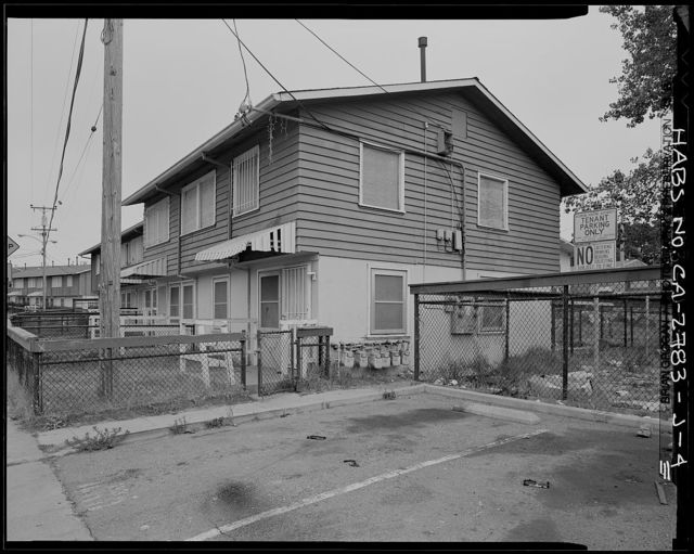 Easter Hill Village, Building No. 17, East side of South Twenty-Sixth Street, north of Hinkley Avenue, Richmond, Contra Costa County, CA