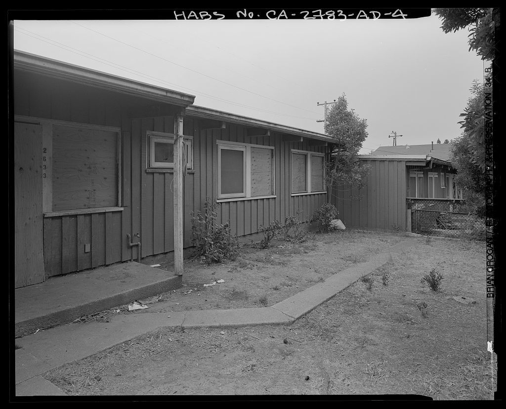 Easter Hill Village, Building No. 37, North side of Foothill Avenue, east of South Twenty-sixth Street, Richmond, Contra Costa County, CA