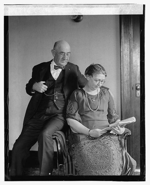 E.C. Hutchinson & wife, 1/23/23
