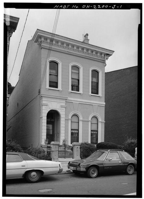 Elizabeth Howell House, 842 Dayton Street, Cincinnati, Hamilton County, OH